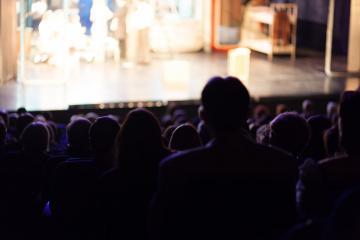 La programación de Artes Escénicas y Musicales llega este fin de semana a los escenarios de la región con un conjunto de propuestas variado