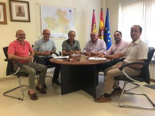 Reunión Junta y Asociación de Empresarios de la Construcción de Albacete (APECA)