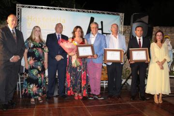La consejera de Economía Empresas y Empleo recibe el Premio Santa Marta otorgado por la Asociación Provincial de Hostelería de Ciudad Real