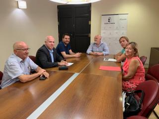 Reunión con Asociaciones de Moros y Cristianos en Casa Perona