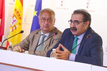El Gobierno de Castilla-La Mancha contará con una estrategia que abordará la fragilidad de las personas mayores