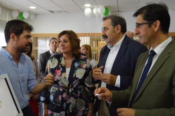 La consejera de Economía, Empresas y Empleo, Patricia Franco, asiste a la presentación del proyecto de la empresa Aturnos.