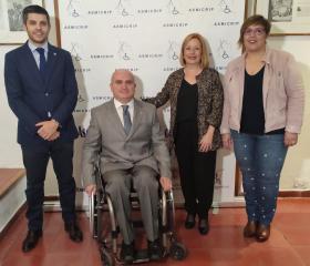 El Gobierno de Castilla-La Mancha recibe la distinción de ASMICRIP por la gestión de la Dependencia