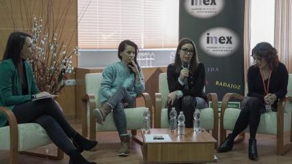 El programa regional de atención psicológica a menores víctimas de la violencia de género sirve de referente para su desarrollo en Extremadura