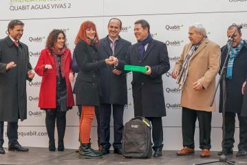 Entrega de las llaves de la promoción residencial de viviendas protegidas 'Quabit Aguas Vivas 2'