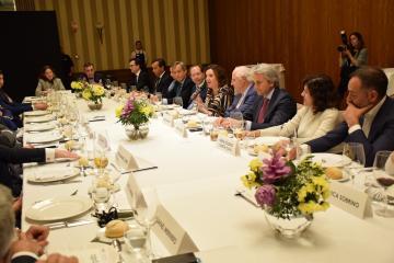 El Gobierno de Castilla-La Mancha tiende la mano al nuevo consejo de APD CLM para continuar trabajando por el progreso empresarial en la región