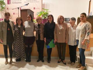 El Gobierno de Castilla-La Mancha agradece a la asociación de vecinos 'Nuestra Señora de Consolación' de Valdepeñas su trabajo para visibilizar a las mujeres como referentes de toda la sociedad