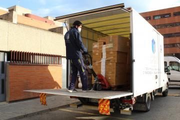Descarga camión material