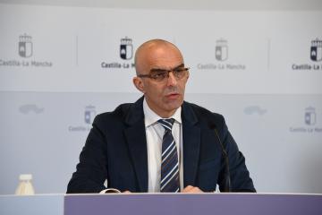 Comparece en rueda de prensa el director general de Salud Pública, Juan Camacho