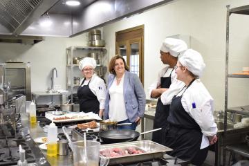 El Gobierno de Castilla-La Mancha ultima los primeros cursos de formación online para más de un millar de profesionales de la hostelería y el turismo