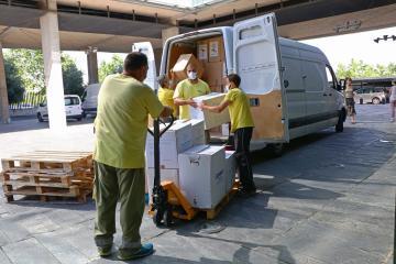 El Gobierno de Castilla-La Mancha ha distribuido esta semana otro medio millón de artículos de protección para los profesionales sanitarios