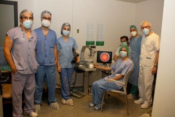 El Servicio de Oftalmología de la Gerencia de Alcázar de San Juan utiliza tres simuladores quirúrgicos para formar a residentes de la región