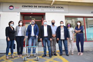 La consejera de Economía, Empresas y Empleo inaugura el Centro de Estudios 'La Miliaria', en La Roda