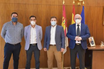 El Gobierno regional y la Mancomunidad de Municipios del Campo de Calatrava ultiman un proyecto innovador de transporte sensible a la demanda