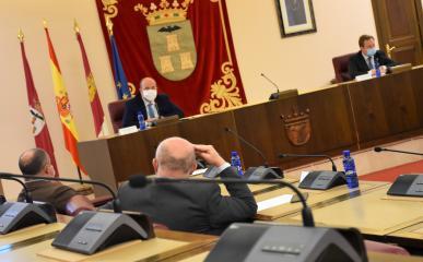 EL VICEPRESIDENTE DE CASTILLA-LA MANCHA SE REÚNE CON EL ALCALDE DE ALBACETE PARA ABORDAR LAS INVERSIONES DEL GOBIERNO REGIONAL EN LA CIUDAD