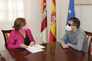 El Gobierno de Castilla-La Mancha estudiará fórmulas para colaborar en actuaciones previstas por el Ayuntamiento de Santa Cruz de los Cáñamos