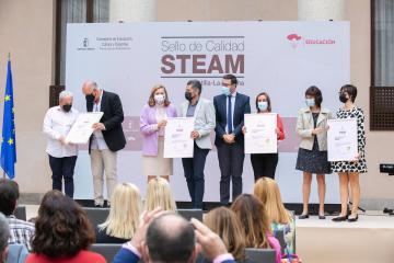 El Gobierno regional otorga un sello de calidad a 46 centros que desarrollan proyectos STEAM en Castilla-La Mancha