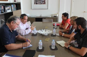 Ruiz Molina traslada a CCOO la disposición del Gobierno regional de trabajar de forma conjunta para mejorar las condiciones de los empleados públicos
