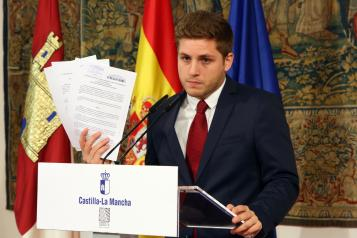El Gobierno regional salda la deuda que Cospedal mantenía con la Asociación de Familiares de Alzheimer de Ciudad Real