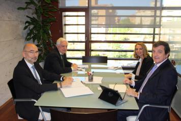 El Gobierno de Castilla-La Mancha coordina junto al Banco de España actuaciones en materia de servicios bancarios y financieros