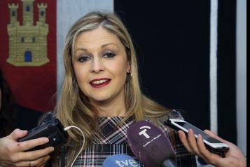Elena de la Cruz en las Cortes regionales con motivo de la aprobación de un nuevo trasvase del Tajo