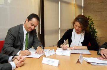 La consejera de Bienestar Social con motivo de la adhesión de Iberdrola al Plan Contra la Pobreza Energética