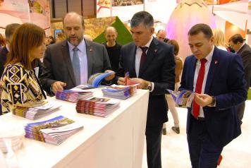 El vicepresidente regional en la celebración del día de Cuenca en FITUR 2016