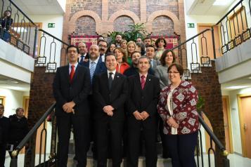 El presidente de Castilla-La Mancha, Emiliano García-Page, preside el Consejo de Gobierno de carácter itinerante que se celebra en el Ayuntamiento de Almadén