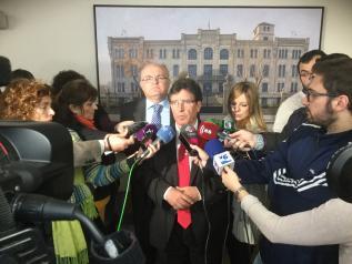 El Gobierno regional recogerá en los recursos a los planes hidrológicos las necesidades expuestas por los regantes
