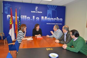 El Gobierno regional apoyará la celebración de la 23ª edición de la Feria regional del Mueble y Afines de Sonseca