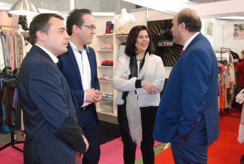 El Gobierno regional favorecerá los proyectos de comercialización de las empresas de Castilla-La Mancha