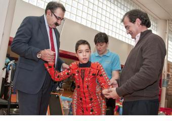 El Gobierno regional destaca la humanización en la asistencia que proporciona la Fundación NIPACE a menores con parálisis cerebral