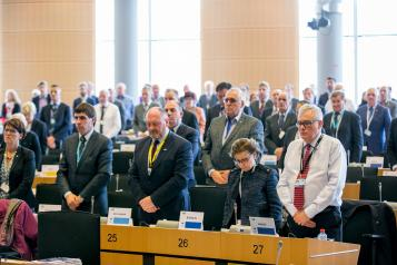 El Gobierno regional solicita a la UE impulsar políticas que faciliten el equilibrio territorial y demográfico entre zonas urbanas y rurales