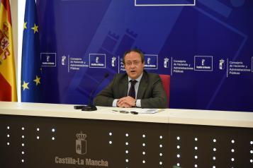 El consejero de Hacienda y Administraciones Públicas, Juan Alfonso Ruiz Molina, informa sobre la posición del Gobierno de Castilla-La Mancha en el próximo Consejo de Política Fiscal y Financiera