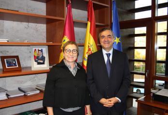 El Gobierno regional refuerza la colaboración con 'Autocontrol' en materia de vigilancia y seguimiento de la publicidad sanitaria
