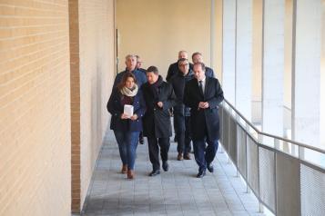 El presidente de Castilla-La Mancha, Emiliano García-Page, ha visitado este viernes los trabajos que se están desarrollando para garantizar la seguridad en el bloque de edificios de GICAMAN evacuado en Guadalajara