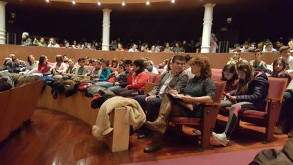 Diego Pérez asiste a la ópera para niños en el Teatro Circo de Albacete