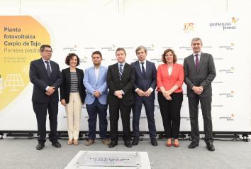 Acto de colocación de la primera piedra de la nueva planta fotovoltaica en El Carpio de Tajo (Toledo) II