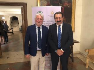 El consejero de Sanidad, Jesús Fernández Sanz, participa en las Jornadas sobre temas de interés sociosanitario que organiza la Real Academia de Medicina y Cirugía de Sevilla