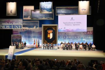 Durante la conmemoración del Día de Castilla-La Mancha Los agentes sociales y económicos valoran los avances experimentados por la región y ofrecen su colaboración para afrontar los retos futuros