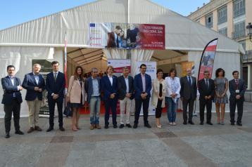 La consejera de Economía, Empresas y Empleo en funciones, Patricia Franco, visita la Feria de Formación Profesional Dual