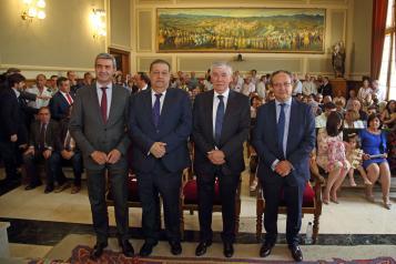 El Gobierno regional felicita a José Manuel Tofiño por su nombramiento como Diputado Provincial Honorario