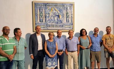 El panel de cerámica de Jan Floris vuelve a Oropesa completamente restaurado, tras haber formado parte de la exposición del Gobierno regional 'aTempora Talavera'