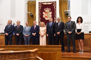 El presidente de Castilla-La Mancha, Emiliano García-Page asiste a la toma de posesión de los miembros del Consejo Consultivo