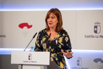 La consejera de Igualdad y portavoz del Gobierno regional, Blanca Fernández, informa de los acuerdos aprobados en el Consejo de Gobierno (III)