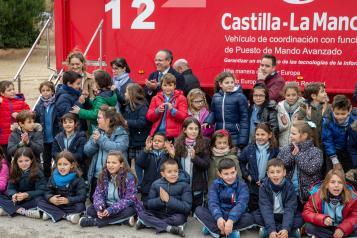 El consejero de Hacienda y Administraciones Públicas, Juan Alfonso Ruiz Molina, asiste a las actividades organizadas en el colegio 'San Juan Bautista' (Tavera) en Toledo