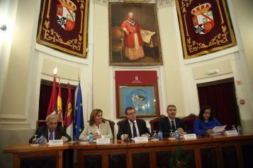 La  consejera de Educación, Cultura y Deportes, Rosa Ana Rodríguez, asiste a los actos de celebración del 50 aniversario del Centro Universitario de Toledo en el Paraninfo del  Palacio Cardenal Lorenzana