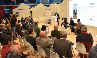 El vicepresidente de Castilla-La Mancha, José Luis Martínez Guijarro, y el consejero de Desarrollo Sostenible, José Luis Escudero, participan en el 'Side-event' titulado  'Incendios forestales y cambio climático. ¿Qué debemos hacer para minimizar la ocurr