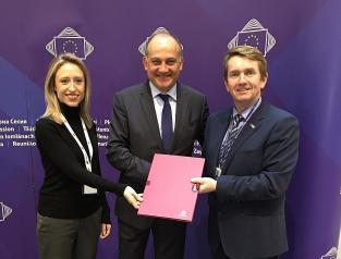 Castilla-La Mancha pide ayudas compensatorias contra los aranceles de Estados Unidos a productos agroalimentarios de la Unión Europea