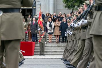 El Gobierno regional destaca el papel del ejército como referente de la sociedad española y pieza fundamental del Estado nacido con la Constitución del 78